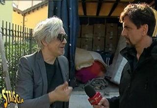 """Morgan sfrattato, svuotata l'abitazione di Monza: """"Smantellare una casa così è sbagliato"""""""