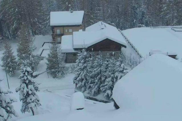 La nevicata di questa mattina a Madesimo (Foto di Stefano Hairstyle Cucchi da Facebook)