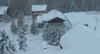 Neve e forte vento, chiuso un tratto della Statale 36 dello Spluga a Madesimo