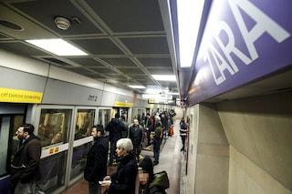 Milano, metro lilla ferma per un guasto in direzione San Siro: disagi