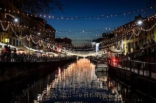 Natale a Milano, la città si illumina con oltre 35 chilometri di luci in più di 180 strade