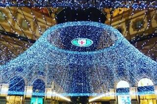 Milano, la città si fa bella per Natale: arrivano le luminarie in Galleria Vittorio Emanuele II