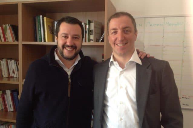 Matteo Salvini e Paolo Orrigoni in una foto pubblicata durante la campagna elettorale per le comunali di Varese nel 2016