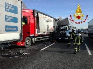 incidenti sull Autobrennero A22 Mantova morti ferito code chilometriche