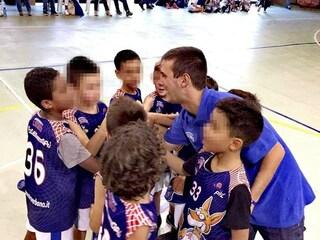"""Luino, allenatore di minibasket picchiato da un papà: """"Non ha fatto male a me, ma a suo figlio"""""""