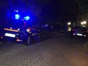 I carabinieri sul luogo dell'omicidio di Donato Carbone