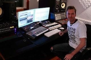 Selvino, morto dj Fabio XB, stroncato dalla leucemia: aveva suonato nei locali di tutto il mondo