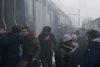 Principio di incendio sul treno per Treviglio: passeggeri evacuati in aperta campagna