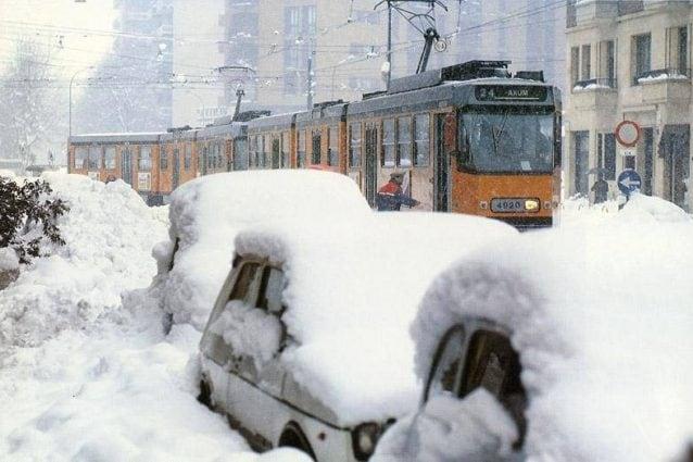 Una foto della nevicata del 1985 a Milano (Foto da Wikipedia)