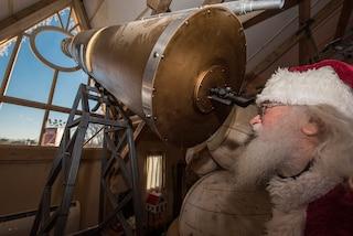 Milano, dopo l'attesa e i rinvii apre il villaggio di Babbo Natale più grande d'Italia