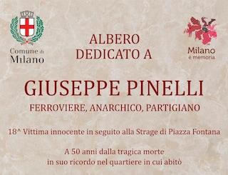 """Una targa per Pinelli 50 anni dopo la strage di piazza Fontana: """"18esima vittima innocente"""""""