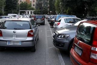Milano, rubavano le auto dai parcheggi delle metropolitane: arrestati due fratelli