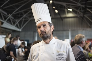 Milano, lo chef Carlo Cracco vuole aprire una scuola per giovani cuochi in uno stabile comunale