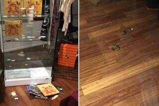 Cologno Monzese, defecano alla mostra di Leonardo e usano le maglie in vendita come carta igienica