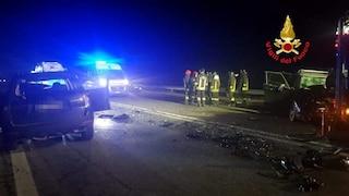 Incidente frontale tra due auto a Esine: tre feriti, grave una ragazza di 17 anni