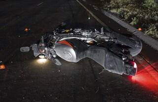 Fara, tragico schianto in moto: centauro di 54 anni morto poco lontano da casa