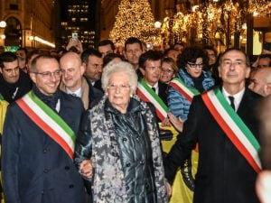 Liliana Segre alla Marcia dei sindaci a Milano