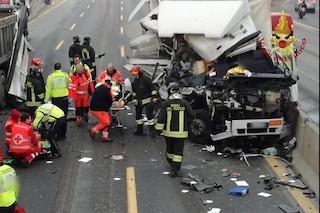 Incidente sulla tangenziale di Mantova, tir invade la corsia opposta: morto un ragazzo di 25 anni