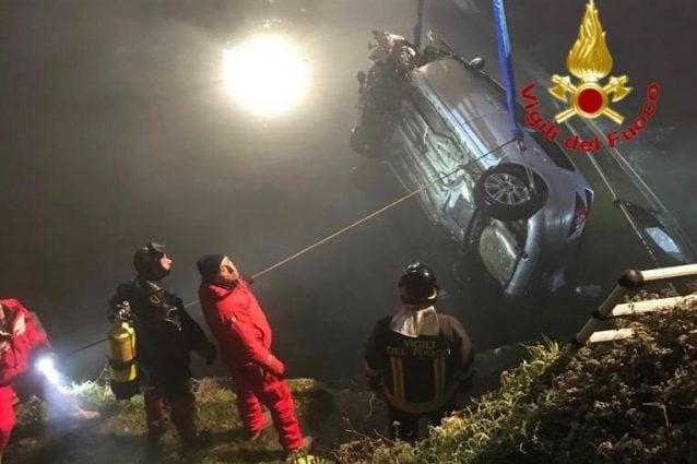 L'incidente a Binasco (Foto: Vigili del fuoco)