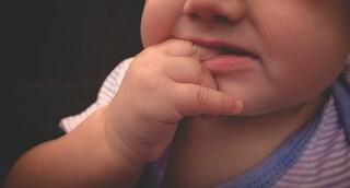 Tragedia a Palazzolo: bambina di sette mesi muore soffocata dopo aver ingoiato un giocattolo