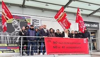 Monza, dipendenti Adidas a rischio licenziamento: sciopero e presidio sotto il Pirellone