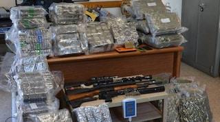 Valmorea, 200 chili di hashish e armi da guerra nascosti in garage: arrestato un 45enne