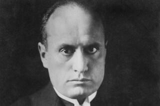 Mussolini resta cittadino onorario di Salò: dopo 96 anni il consiglio comunale vota no alla revoca
