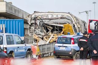 Frecciarossa deragliato a Lodi: entro la fine della settimana le carrozze saranno rimosse dai binari