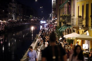 Milano, risse e assembramenti nelle zone della movida: residenti di 6 quartieri diffidano il comune
