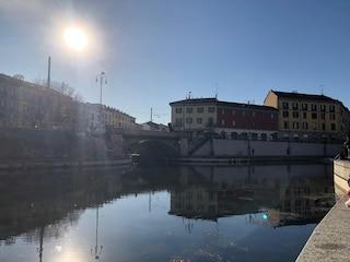 A Milano sembra già primavera: sole e temperature attorno ai 20 gradi