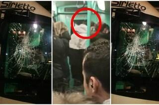 Milano, giovane vandalo minaccia di morte il conducente di un tram e distrugge a pugni un vetro