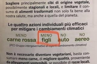 """Cremona, opuscolo choc: """"I cambiamenti climatici si combattono facendo meno figli"""""""