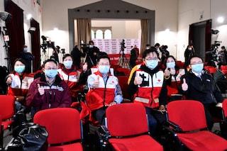 Coronavirus in Lombardia, arrivano 300 medici e infermieri in aiuto dalla Cina