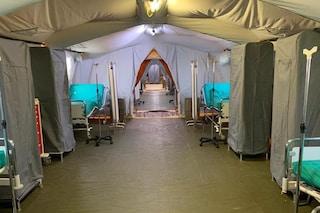 Coronavirus, a Crema ospedale da campo realizzato in 72 ore: a gestirlo team di medici cubani