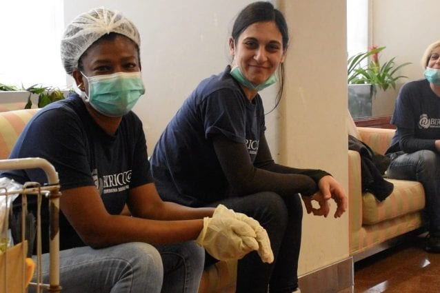 Le operatrici di Proges, la cooperativa che gestirà la struttura per le quarantene (Foto Mianews)