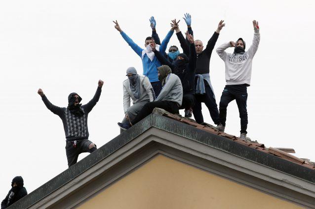 La rivolta nel carcere milanese di San Vittore lo scorso 9 marzo