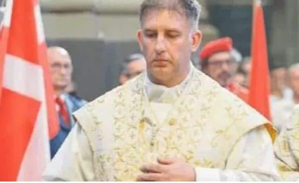 Muore a 46 anni don Enrico Bernuzzi, parroco del Duomo di Voghera: stroncato dal coronavirus