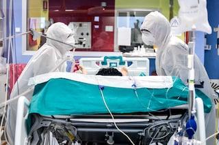 """Sondrio, salgono i ricoveri Covid in ospedale: """"La situazione sta peggiorando di ora in ora"""""""