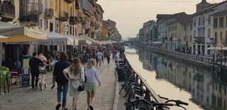 Lombardia, l'indice di contagio scende sotto la soglia di allarme: l'Rt è pari a 0,96