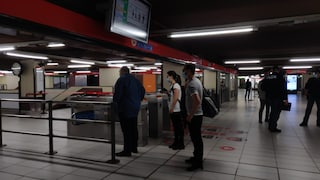Fase 2, sui convogli Trenord meno passeggeri del 4 maggio: poca gente in metro a Milano