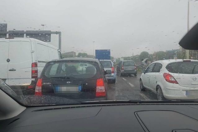 Auto in coda sulla Milano–Meda (Foto: Fanpage.it)
