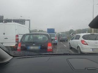 Maltempo, chiusa la Varesina e traffico bloccato sulla Milano-Meda: disagi per gli automobilisti