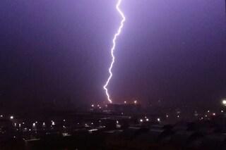 Milano, forte temporale nella notte: esonda il fiume Seveso, sale il livello del Lambro