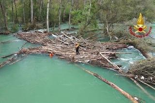 Sesto Calende, si tuffa con gli amici nel fiume ma non riemerge: giovane muore nel Ticino