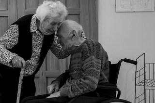 Castano Primo, marito e moglie di 100 e 93 anni separati dal Covid: si riabbracciano dopo 101 giorni