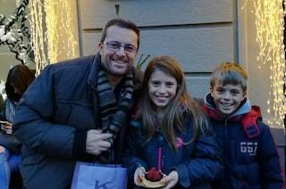 """Le lettere degli amici dei bimbi uccisi dal padre a Margno: """"Resterete sempre nel cuore"""""""