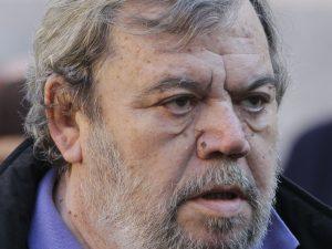 Arrestato un fan di Gianni Mura: per anni ha estorto soldi al giornalista recentemente scomparso