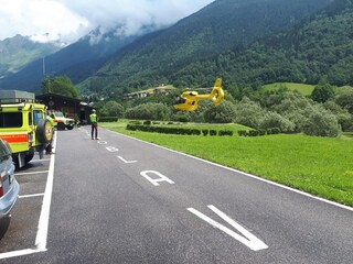 Dramma in montagna a Valbondione: escursionista tedesca di 72 anni precipita per 150 metri e muore