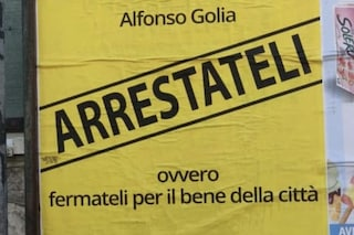"""Aversa, manifesto contro sindaco e maggioranza: """"Arrestateli"""". La replica: la legalità non si ferma"""