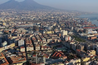 Comunali Napoli, 300 intellettuali e campioni sportivi firmano il manifesto per il dopo De Magistris